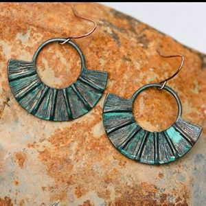 Jewelry - Hammered Burnish Copper Patina Earrings